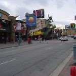 Niagara Falls Clifton Hill - Travelammo